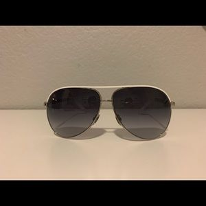 NEW 💯 authentic Gucci (GG 1827/s) sunglasses